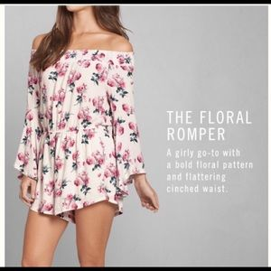A&F Floral Romper - Size S